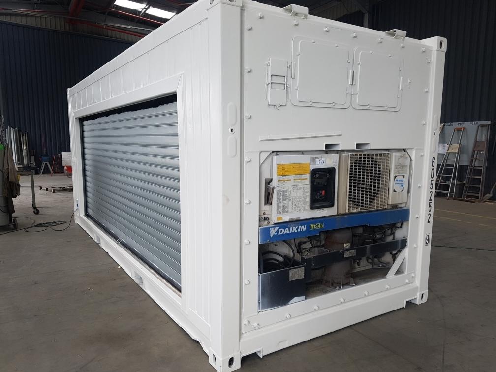 Conteneur frigorifique IceCubner avec rideau coulissant